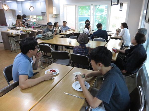 zhang2016060103.jpg